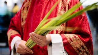 O que é o Domingo de Ramos para os católicos?